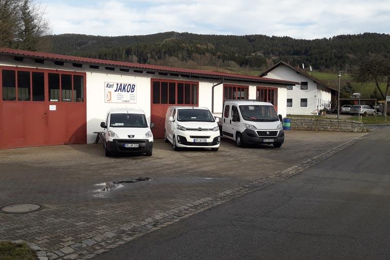 Werkstatt und Tankstelle in Obermühlbach